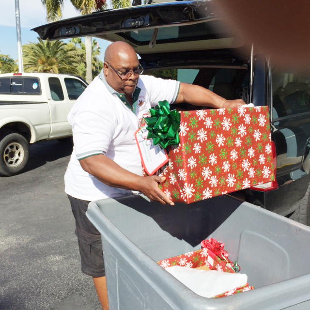 This is our Continental guy Meeks assisting with delivery of pajamas to the center for distribution on Saturday the 20th.